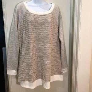 Liz Lange Maternity light knitted Sweater EUC NEW!